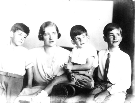 With his mother, HM Queen Maria and his brothers, TRH Prince Tomislav and Prince Andrej
