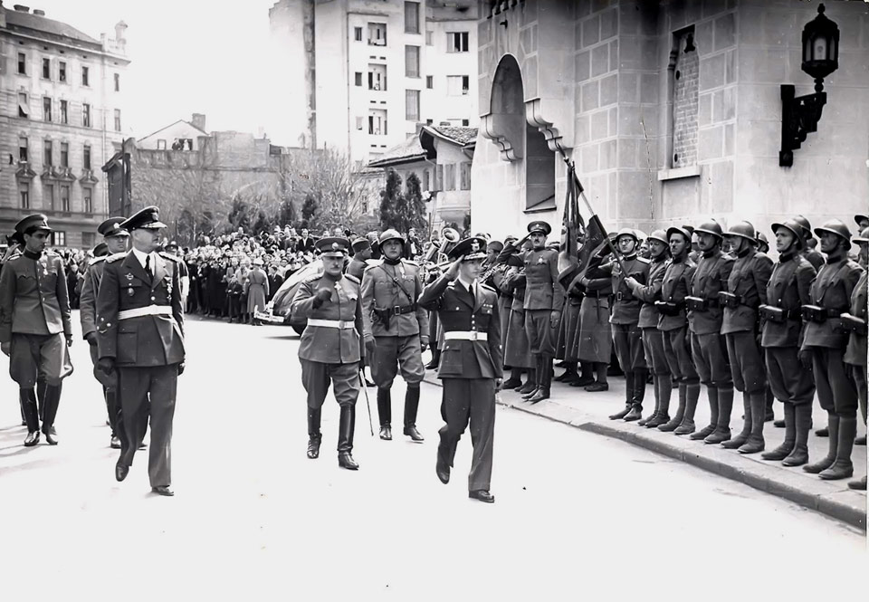 The King inspects troops in front of the Cathedral Church in Belgrade, 1941