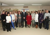 Mr. Goran Bojovic, director of the Institute for Sport and Sports Medicine and HRH Crown Princess Katherine with the employees of this institution