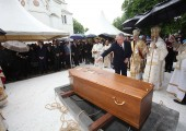 HRH Crown Prince Alexander near the grave of late Prince Alexander