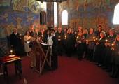 Помен преминулим члановима Саветодавних тела Круне у дворској капели Светог Андреја Првозваног