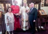 Њихова Краљевска Височанства Престолонаследник Александар и Принцеза Катарина са Његовим Преосвештенством господином Митрофаном, Епископом канадским