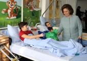 "HRH Crown Princess Katherine in humanitarian visit at Pediatric department of the Institute for Orthopedic Surgery ""Banjica"""