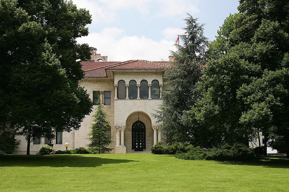 Kraljevski dvor Srbije