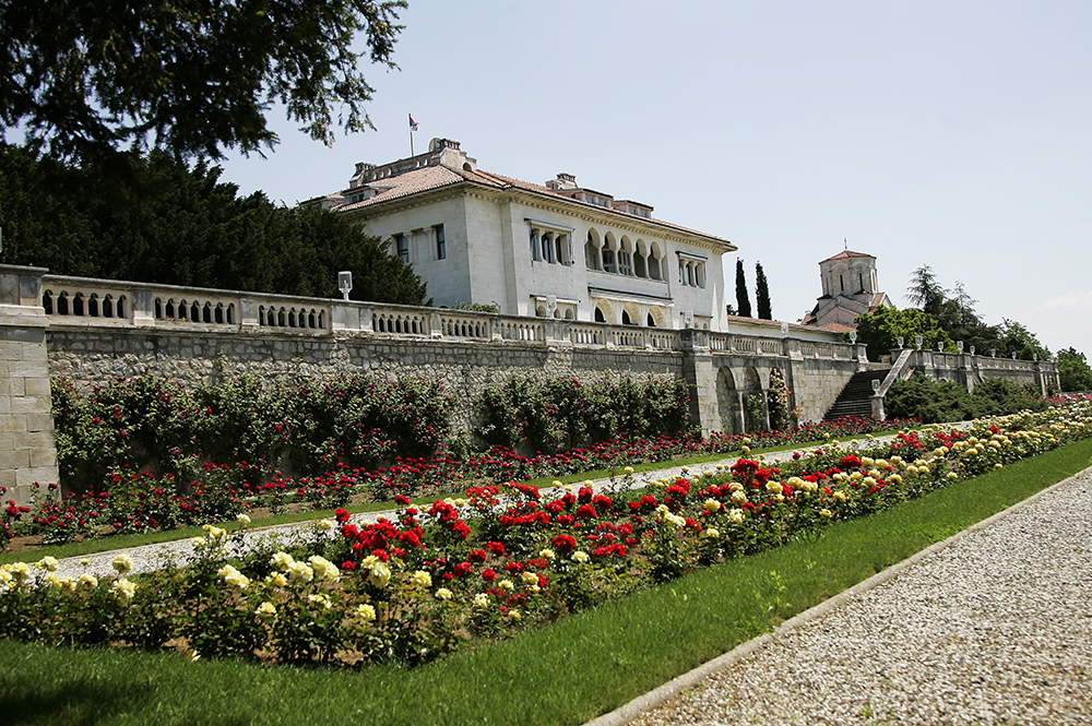 Rose Garden of the Royal Palace