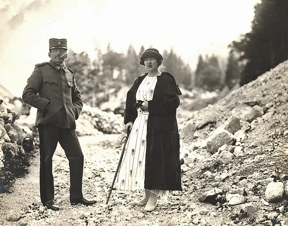Their Majesties King Alexander I and Queen Maria