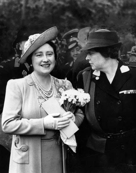 HM Queen Maria and HM Queen Mother Elizabeth