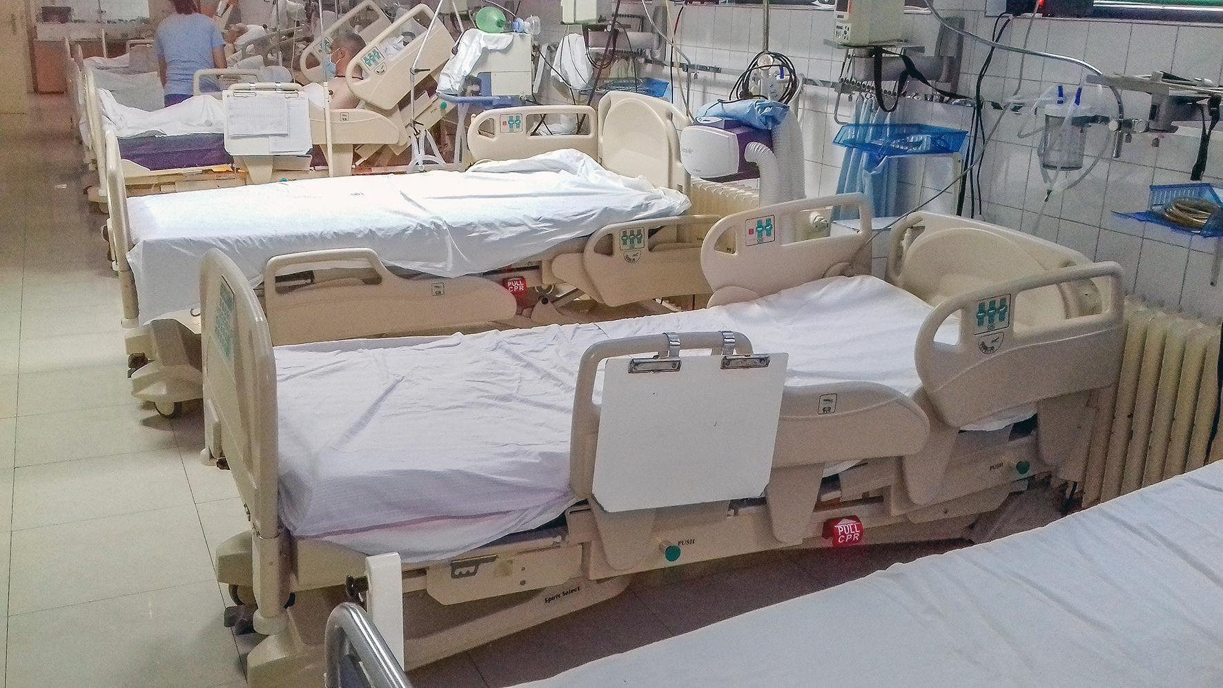 PRINCESS KATHERINE FOUNDATION DONATES ELECTRIC BEDS AND MATTRESSES VALUE 28,500 EUROS FOR CUPRIJA HOSPITAL