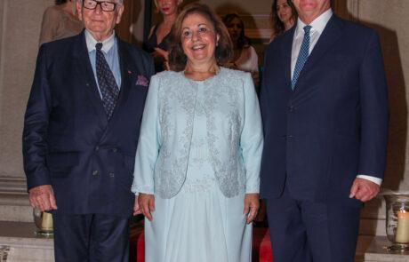 Престолонаследник Александар, Принцеза Катарина и француски креатор Пјер Карден