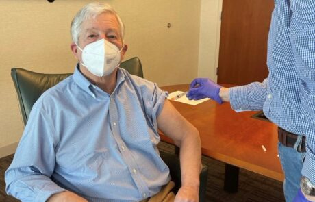 Crown Prince Alexander receive COVID-19 vaccine