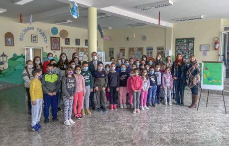 Donation to Zivko Tomic Elementary School in Donja Satornja, Topola