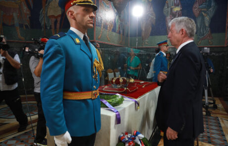 HRH Crown Prince Alexander lays a wreath